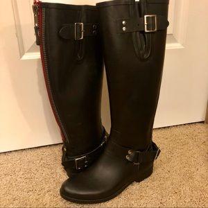 Steve Madden Tsunamii Zip-Up Rubber Rain Boots